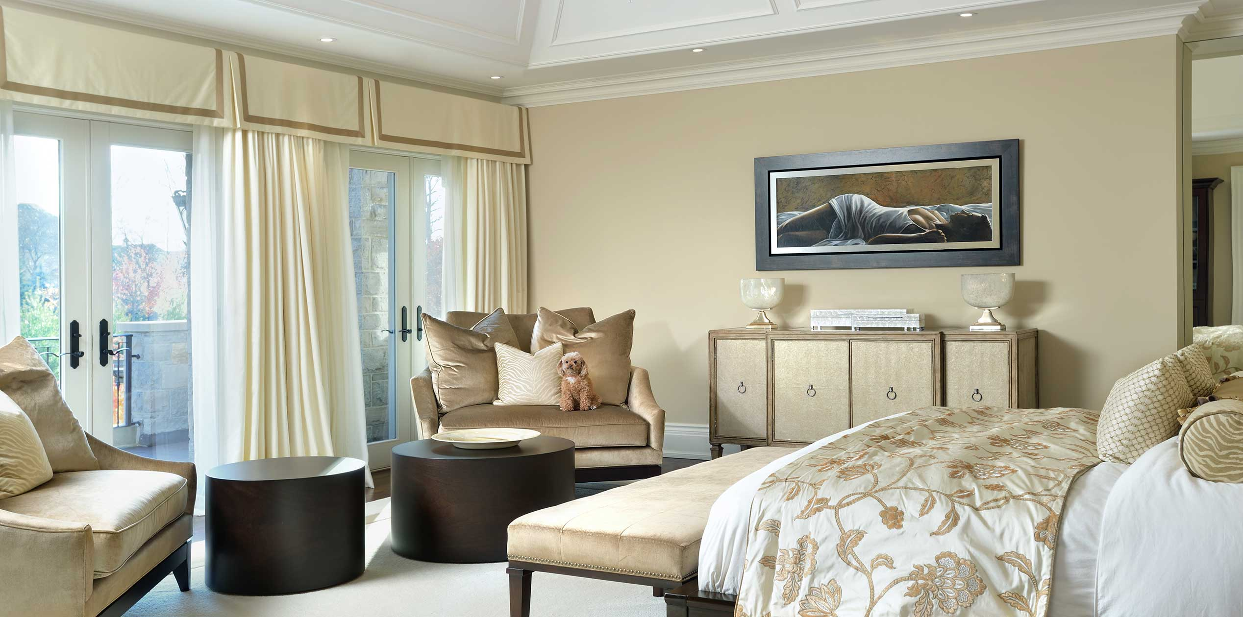 c Traditional Master Bedroom Suite