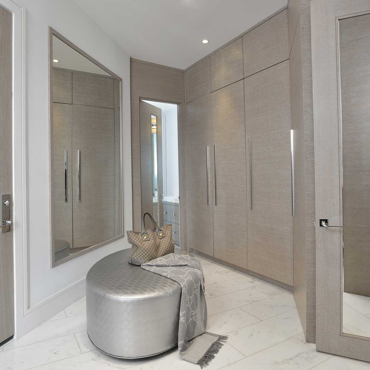 d Contemporary Mud room